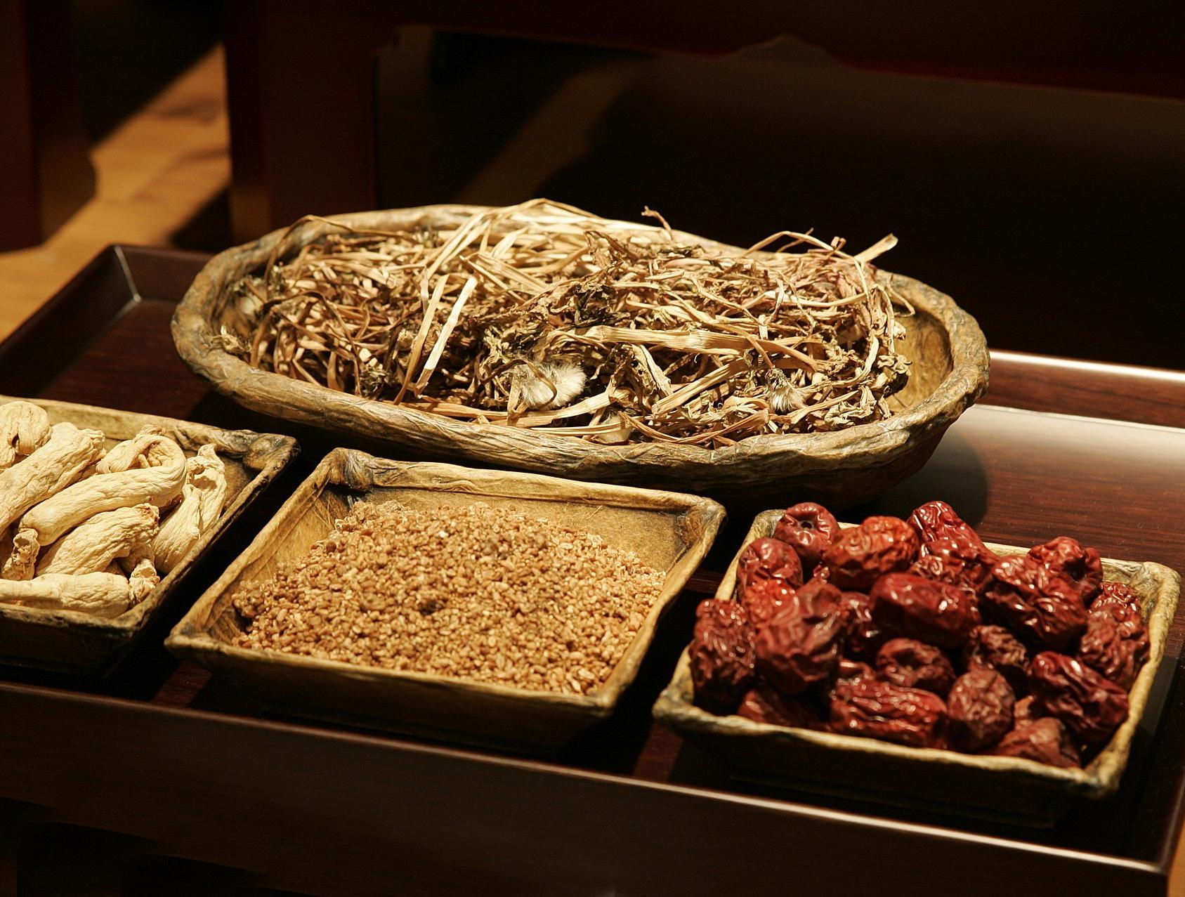 chinese-medicine-2178253_1920